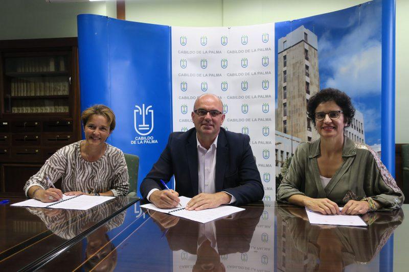 Cabildo y Asoc. NEP cooperan en la gestión de 15 plazas de Centro de Día