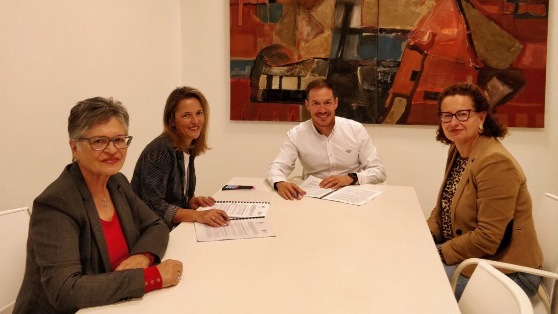 NEP y el Cabildo firman el convenio para la gestión de plazas del Servicio de Estimulación Temprana